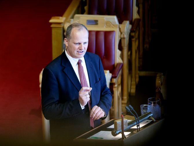 Samferdselsminister Ketil Solvik-Olsen under en spørretime i Stortinget våren 2016. (Foto: Gorm Kallestad / NTB scanpix)