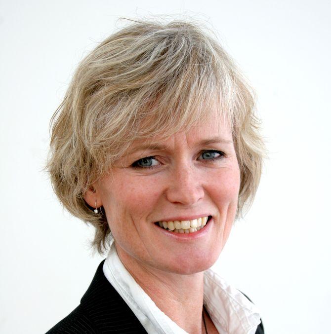 MONICA VIKEN, førsteamanuensis ved BI.