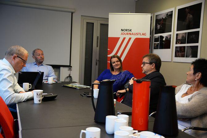 AU-møtet i NJ onsdag morgen. Fra venstre: Finn Vågå, Thomas Spence, Hege Iren Frantzen, Stein Sneve og Britt-Ellen Negård.