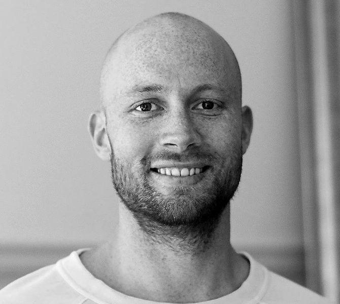 ANDERS HOPSØ ERIKSEN, artikkelforfatter.