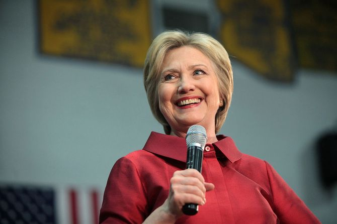 Kan Hillary Clinton gå klar av angrepene fra Trump? (Foto: Gage Skidmore, Wikimedia CC-lisens)