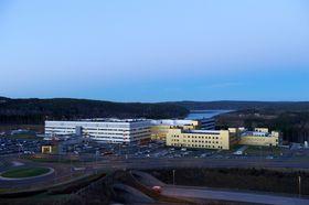 Slik ser Sykehuset Østfold på Kalnes ut. Sykehuset ligger omtrent seks kilometer utenfor Sarpsborg og 18 kilometer utenfor Fredrikstad.