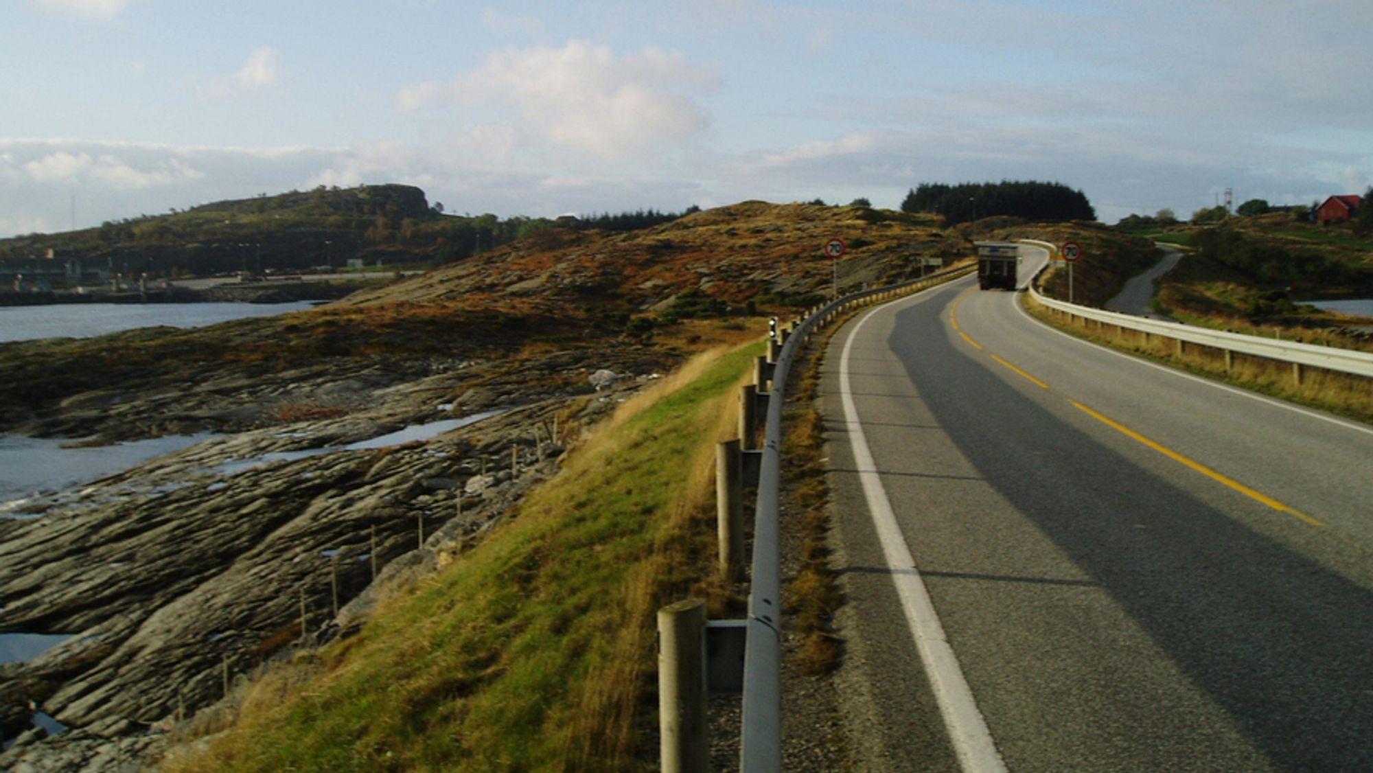 I NORD: På nordsiden kommer den planlagte E39-tunnelen i land ved Arsvågen på Bokn.