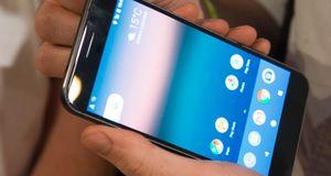 Nei, du får ikke Google Assistant selv om du har nyeste Android