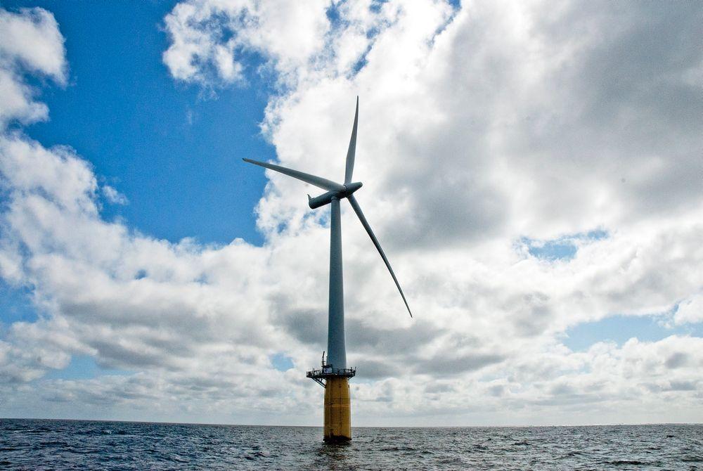 De nye Hywind-turbinene til Statoil skal bli enda bedre enn denne prototypen, som ble satt i drift utenfor Haugalandet i 2009.