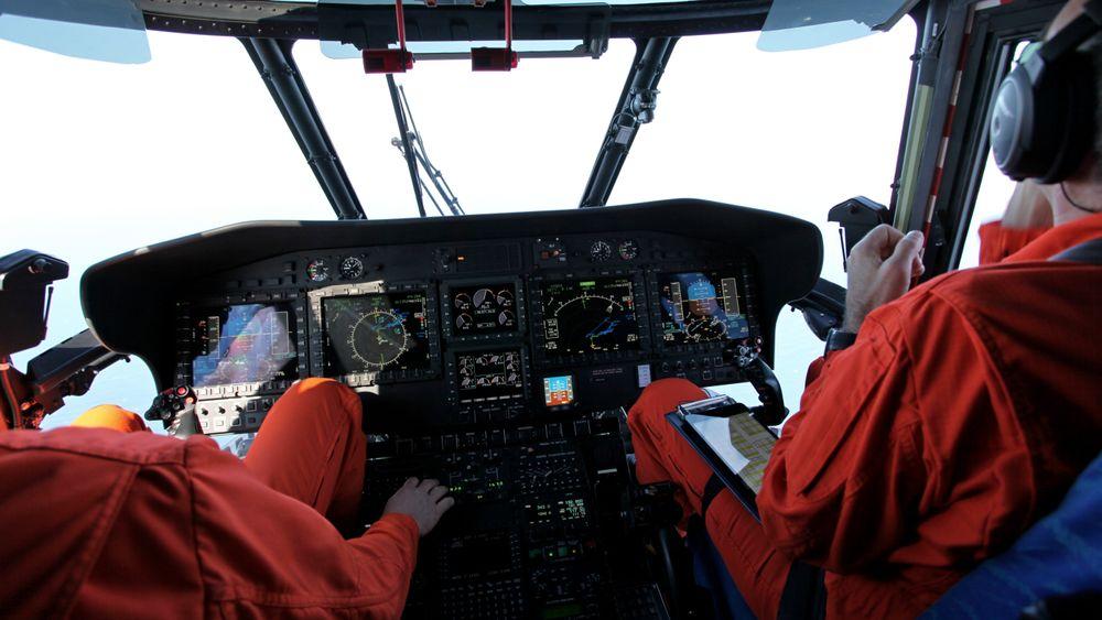 Cockpiten på et EC225 (H225) Super Puma.