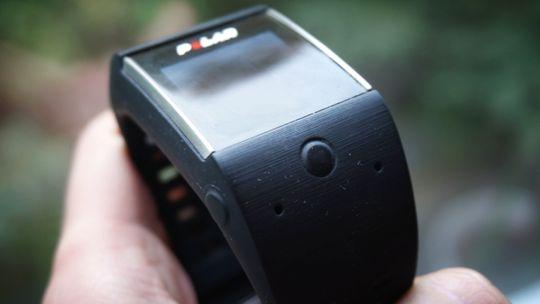 Navigasjonen gjøres meddisse to knappene, i tillegg til touchskjermen.