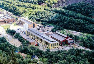 Praxairs moderne fabrikk i Rjukan, der spesialgasser produseres.