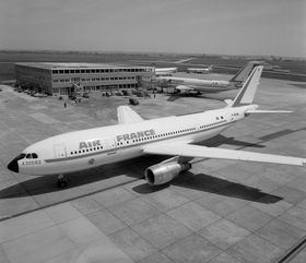 Dette A300B2 til Air France var det første flyet Airbus leverte.