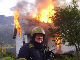 Trond Fiskaa har jobbet som røykdykker og brannmann i 20 år.