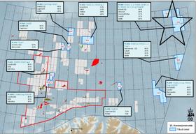 Sone A - ved stjernen øverst til høyre - ligger nærmest Frans Josef land der kalvende breer kan medføre isfjelltrussel.