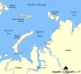 Frans Josef land ligger rett nordøst for Svalbard. Isfjell fra breene her kan nå fram til norske rigger i Barentshavet. Rosneft har øvd seg på å taue bort isfjell i Karahavet.