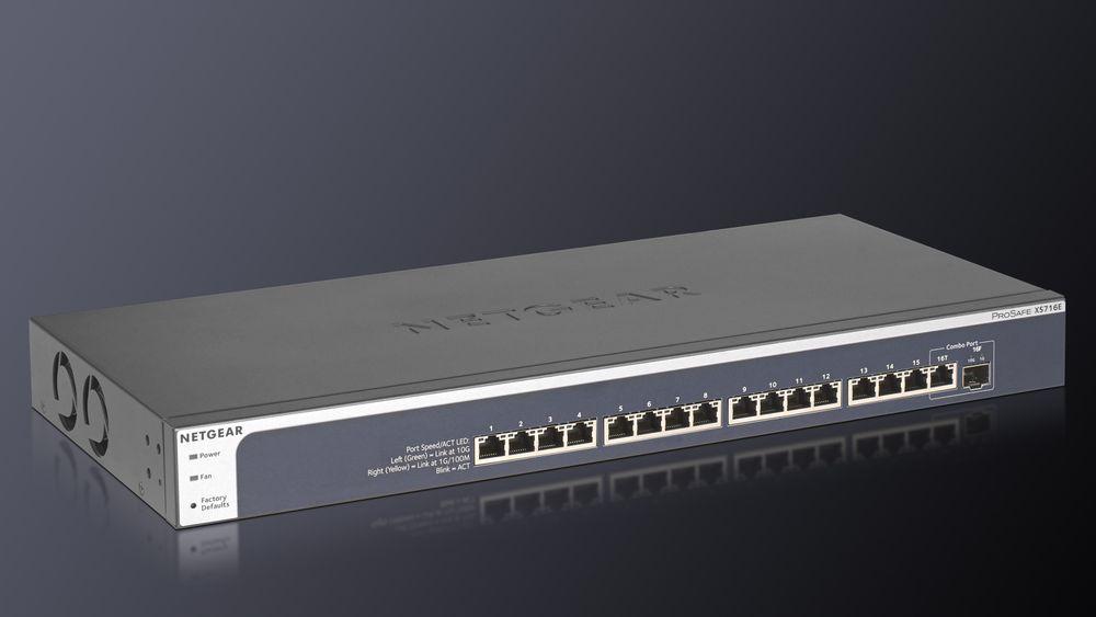 Netgear Prosafe XS716E.
