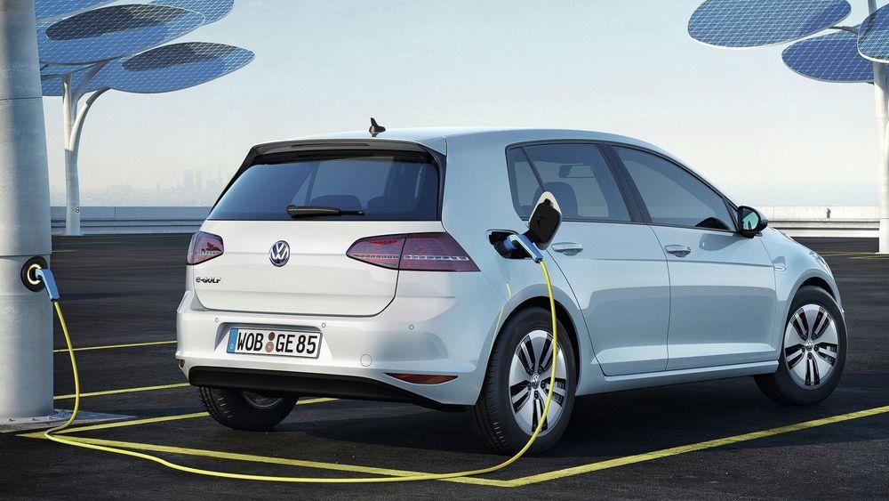 På knappe to måneder er det registrert nesten 1500 nye VW e-Golf i Norge.