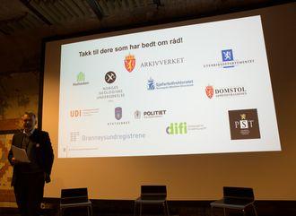 Jan Hjelle i KMD takket etatene som har bedt om råd. En overvekt av prosjektene som har fått hjelp av Digitaliseringsrådet er fra justissektoren.