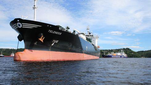 Slapp unna i Paris: Nå ber skipsredere selv om CO2-tiltak