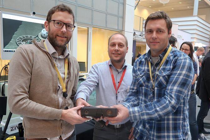 Skal erobre verden: Henrik Schumann-Olsen, Øystein Skotheim og Arild Ulfeng mener de hare verdens mest kapable 3D-kamera til industrielle anvendelser.