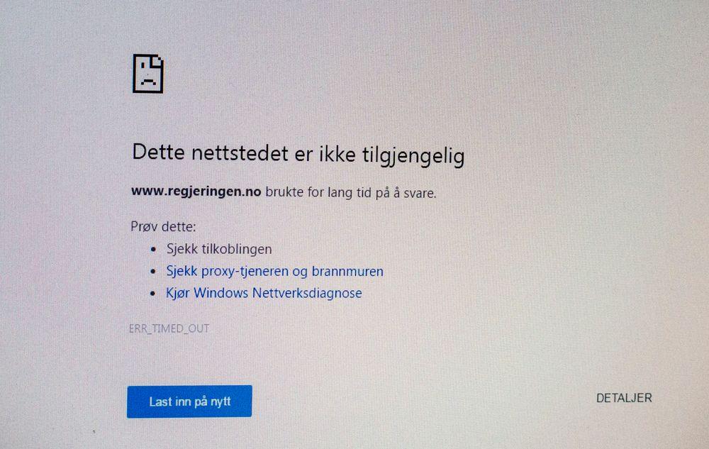 Nettsider og tjenester på internett som ble rammet av hackerangrepet i USA fredag fungerte lørdag morgen som normalt. I Norge ble blant annet regjeringens nettsider rammet, men i løpet av natt til lørdag fungerte nettjenesten igjen som normalt.