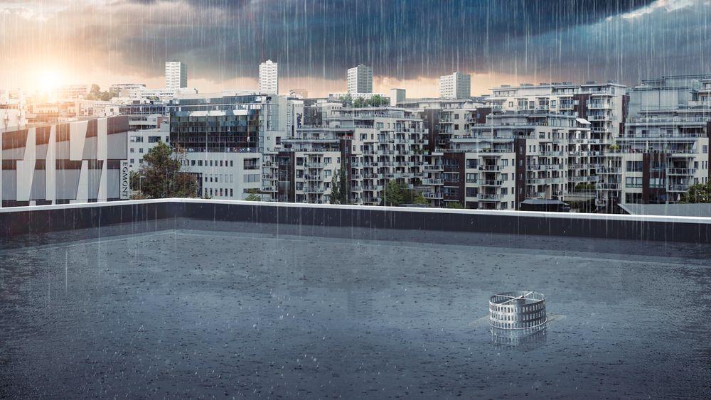 Ved å samle opp regn i bassenger på taket for så å sakte drenere det ut i avløpssystemet mener selskapet man vil redusere overbelastningen på avløpsnettet betraktelig.