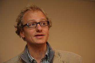 Sivilingeniør Marius Gjerset i Zero etterlyser regnestykker som viser besparelser på elektrifisering av øyferger.