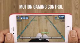 Spilling med føttene skal også være mulig, uten at det er helt klart hvor godt dette fungerer i praksis.