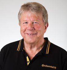 Formann: Frank Larsen. er formann i teknisk komité i Dekkimportørenes Forening og teknisk sjef i Continental Dekk.