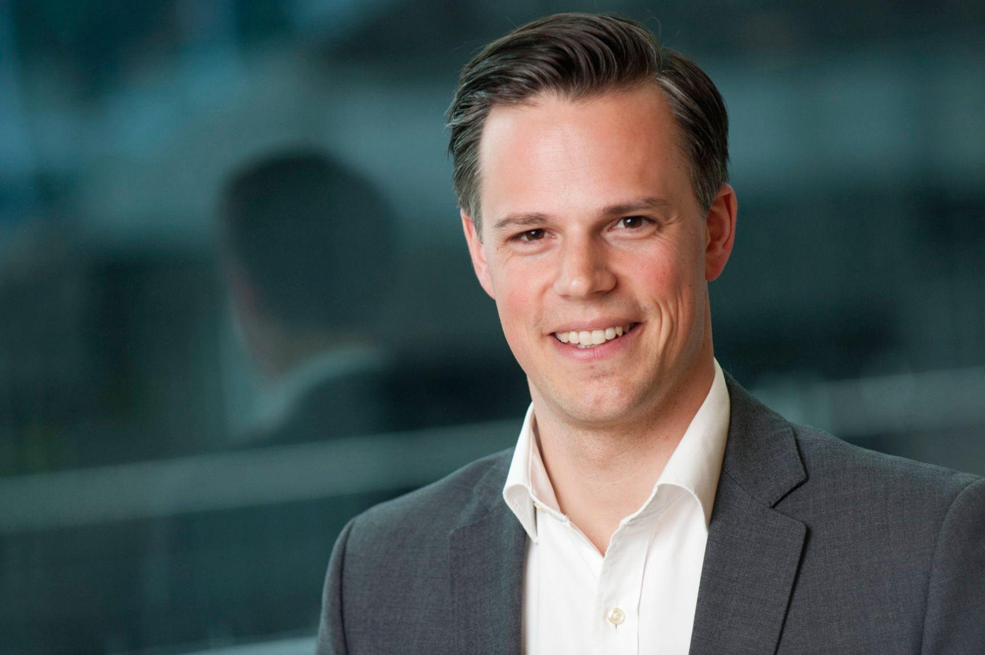Informasjonssjef Even Westerveld i Dnb innrømmer at banken kunne innhentet opplysningene på en mer smidig måte.