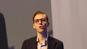 Willhelm Joys Andersen har vært med å modernisere og gjøre Store norske leksikon til en nyvunnet suksess.