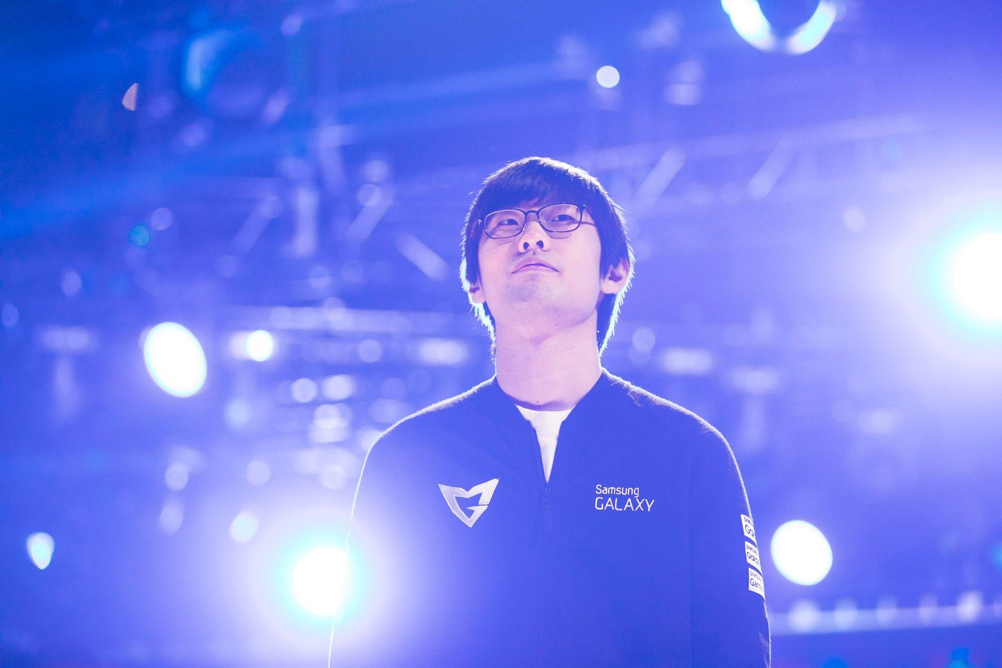Kang «Ambition» Chan-yong har spilt profesjonelt i fem år, og har over 450 profesjonelle kamper på CV-en.