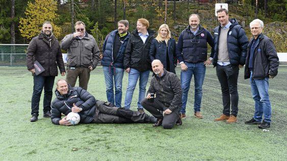 DREAMTEAM: Mange, gode sponsorer er med på laget, men det er plass til fler. F.v. Fahim A. Nael, Jarle Drogseth, Geir Sparengen, Magnus Haugen, Ulla J. Gundersen, Jan Willem Kooy, Knut Slatleim, Torgeir Veflen. Foran f.v. Christer Løken, Trond Knutsen.