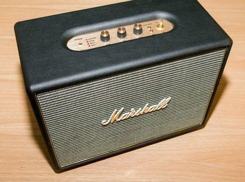 Marshall Woburn er en forholdsvis stor høyttaler, men lyden er enda mange hakk større. Designmessig var det også denne de fleste som var innom testrommet foretrakk.