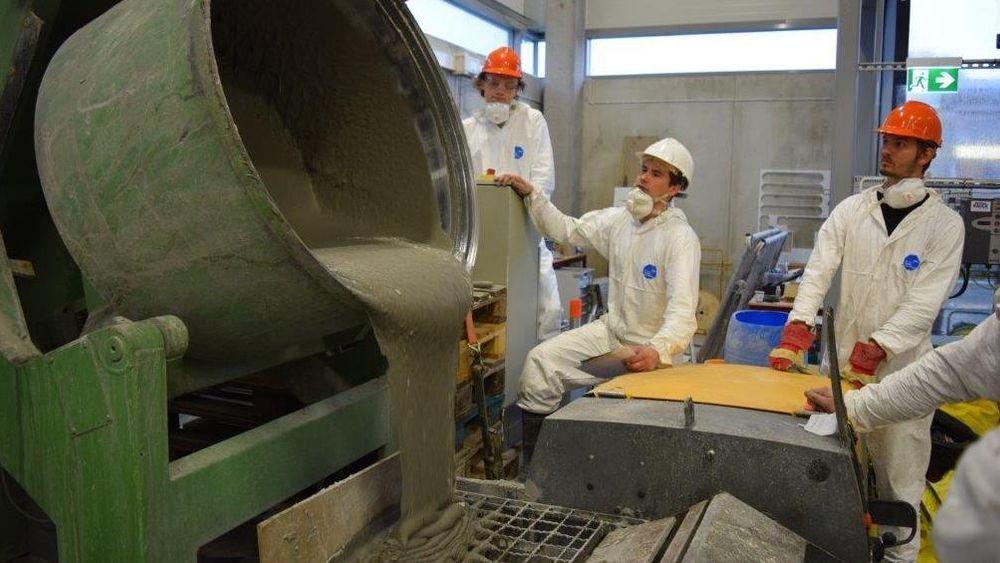 20 studenter ved byggingeniørlinjen ved Universitetet i Stavanger har den siste tiden jobbet med utvikling av superbetong.