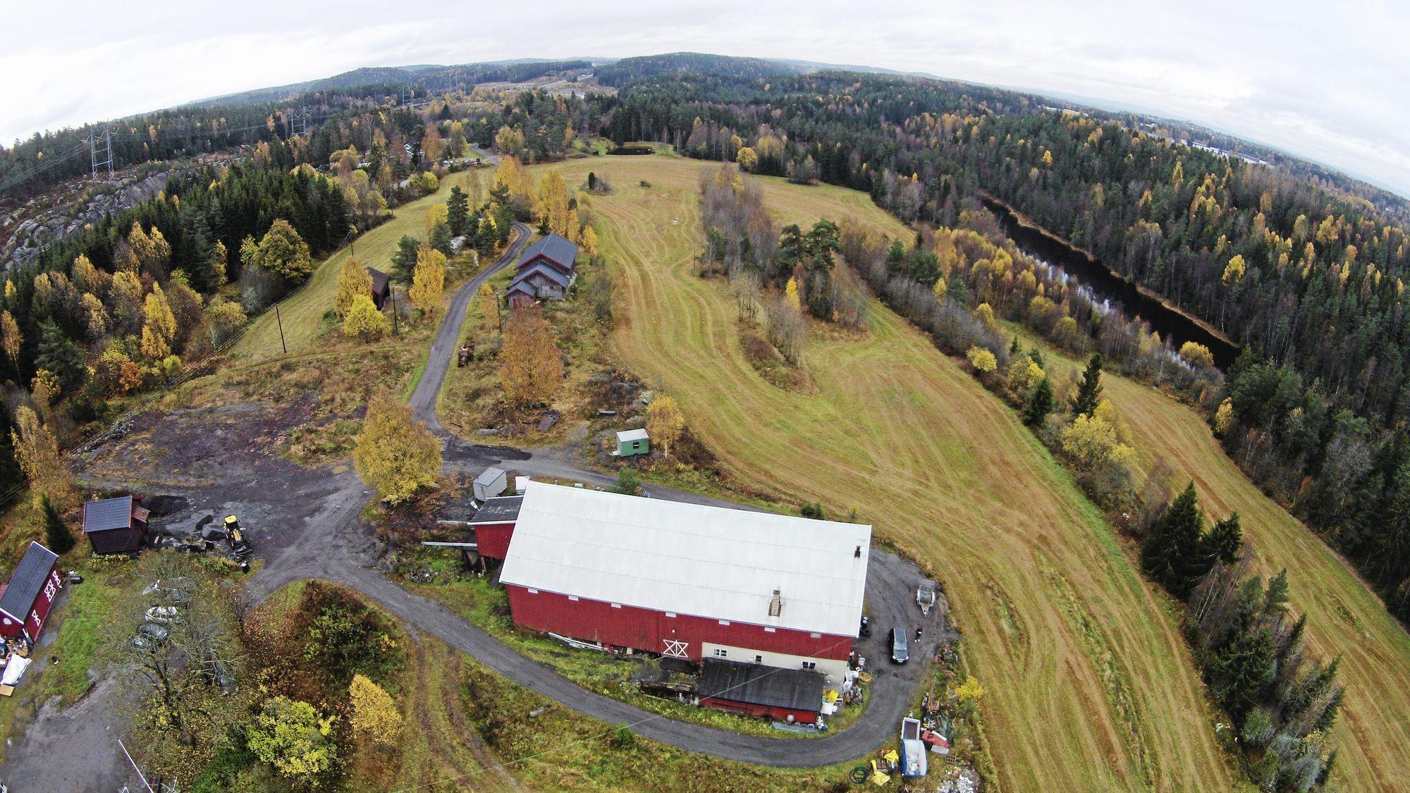 FRA FUGLEPERSPEKTIV: Det er her, i dette området på Taraldrud at beredsskapssenteret skal bygges.