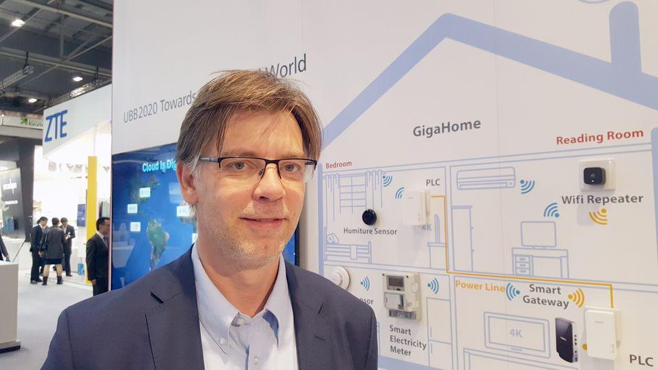 Produksjef Asle Bøyum i Huawei forventer at ny teknologi vil finne vei til kobberledningene også i årene framover, med stadig bedre utnyttelse av mediet.