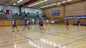 OVERBEVISTE: Etter en jevn kamp, stakk Kolbotn 2 fortjent av med seieren i gårsdagens match i Sofiemyrhallen.