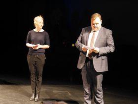 VAR TILSTEDE: Ida Lindrveit (Krf) og ordfører Thomas Sjøvold (H) holdt innlegg.