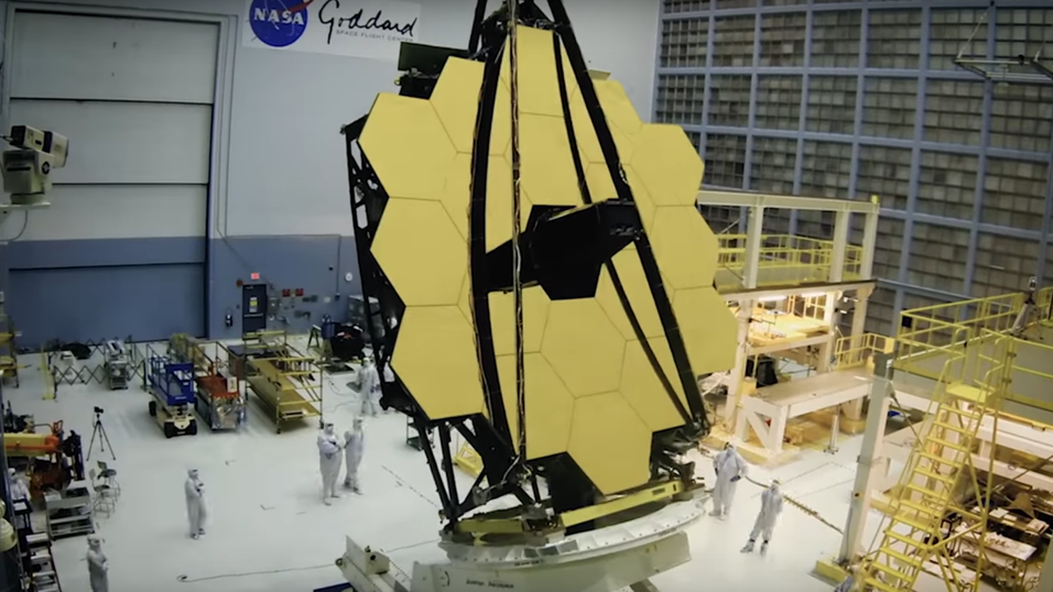 James Webb Space Telescope i fullfigur.