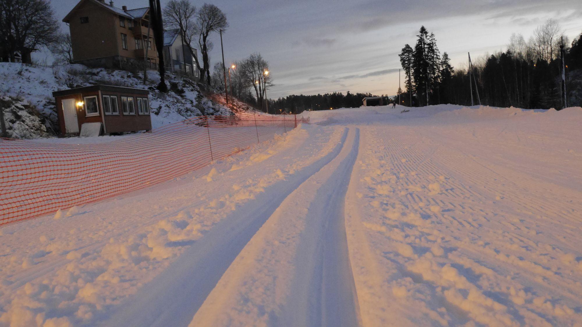 FLOTTE SPOR: Her ser du årets første skispor!