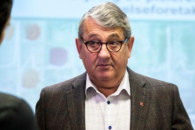 Riksrevisor Per-Kristian Foss er overrasket over at sykehusene ikke stiller tøffere krav til sin IKT-leverandør. Arkivfoto.