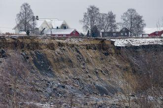 Rasområdet i Sørum. Tre litauere er antattomkommet etter jordraset torsdag.