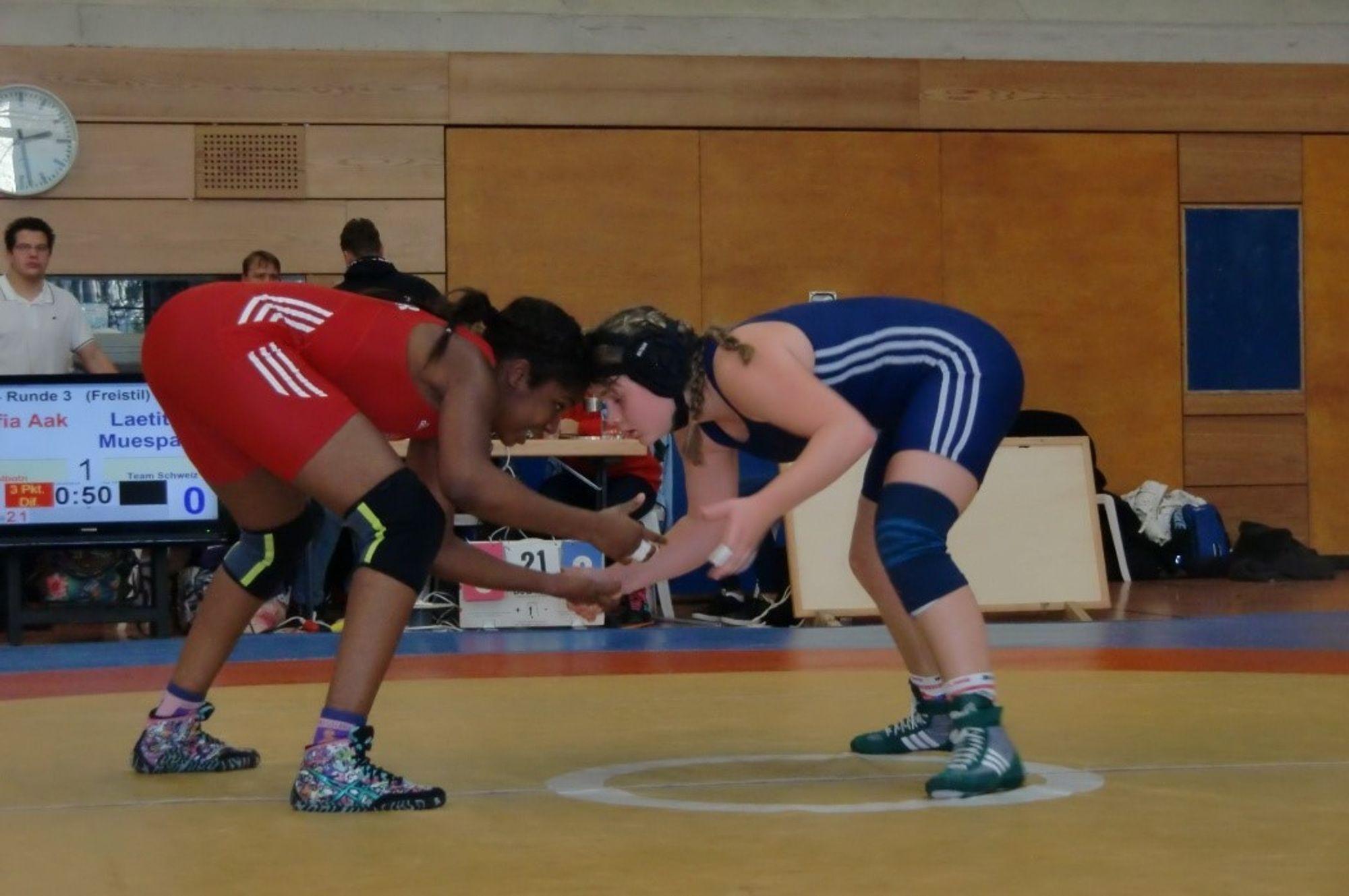 I AKSJON: Sofia Aak mot en av sine tyske motstandere i 60 kilo.