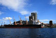 Skip står allerede for over 90 prosent av verdens varetransport, men ikke langs norskekysten og til og fra Nord-Europa. For Yara i Porsgrunn er det naturlig å bruke skip for så å si all transport til og fra.