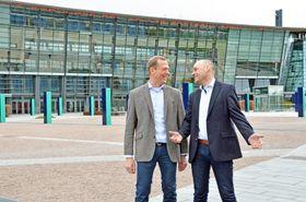 Telenors leder for bedriftsmarkedet, Ove Fredheim og leder for Mobile, Bjørn Ivar Moen.
