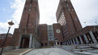 Litt færre konsulenter, mer sentralisering og flere egne IT-folk. Det er noe av resepten når Oslo sikter mot det såkalte digitale skiftet.