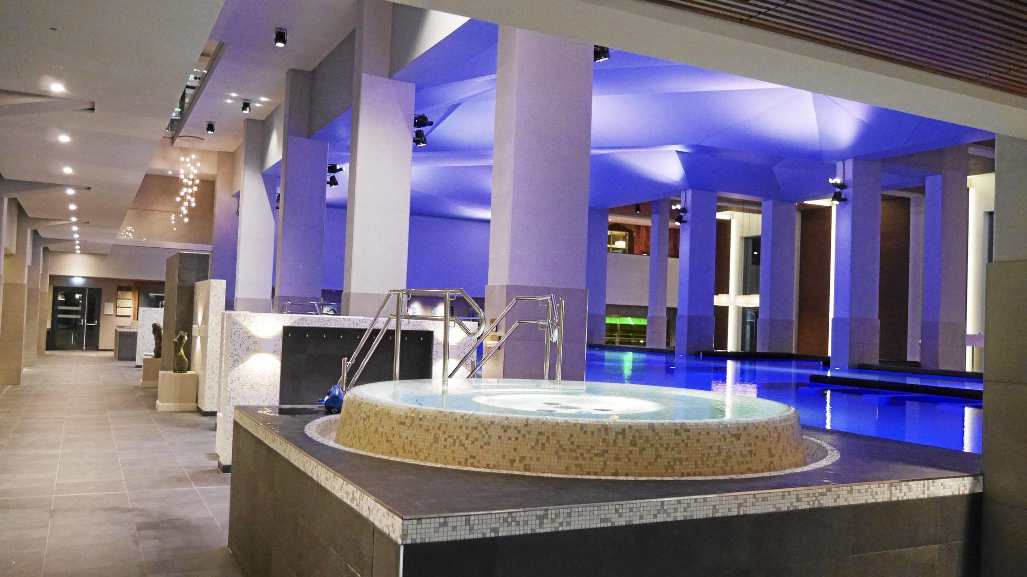 LUKSURIØST: Dette er hovedbassenget, eller Wellness-avdelingen inne i The Well.