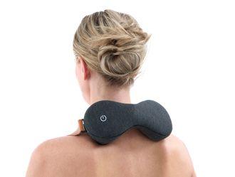 Knar nakken: Expein har også konstruert et apparat for å massere nakke og skuldre.