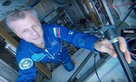 Den russiske kosmonauten Andrey Borisenko tok opp 4K-videoen med et 360-graderskamera.