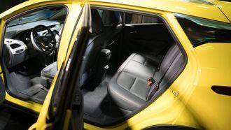 Opel Amera-e har bra med plass til fem personer.