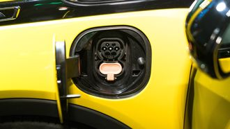Med 50 kW-lading kan Ampera-e får 150 kilometers påfyll på en halvtime.
