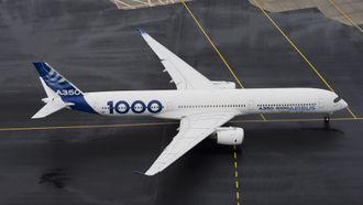 A350-1000 er 73,8 meter langt, sju meter lengre enn A350-900.